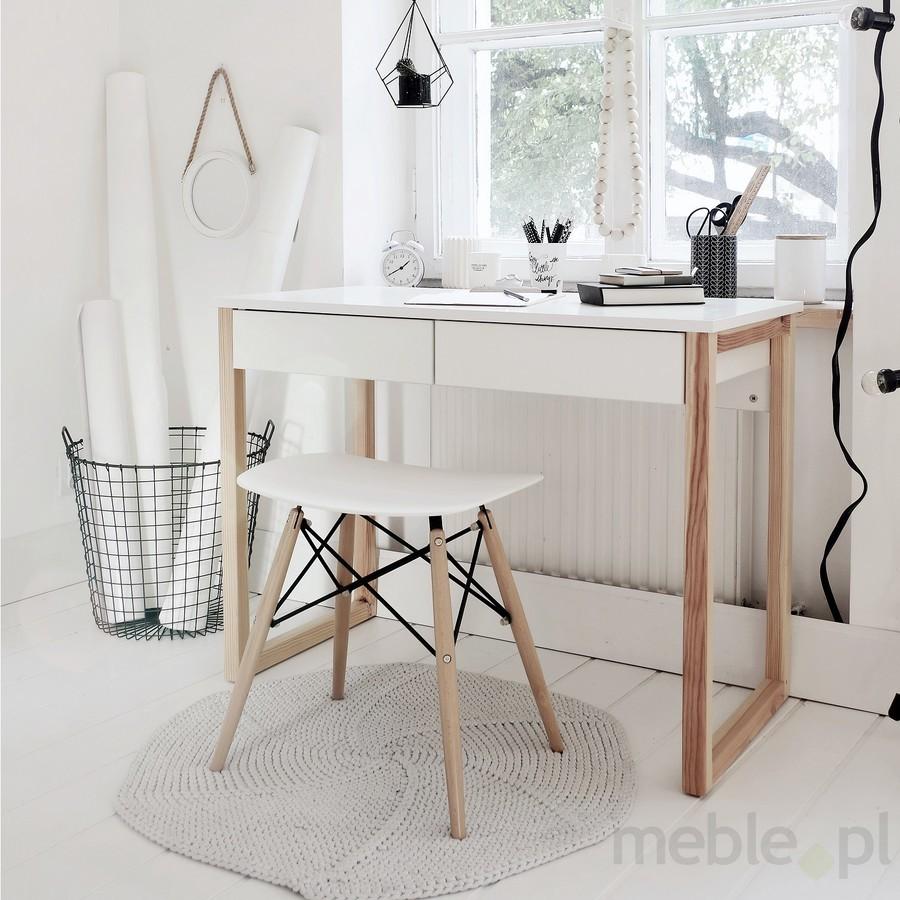 Jak wybrać własne biurko?